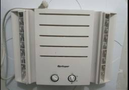 Ar condicionado de janela,Splinger,bem conservada ($450)