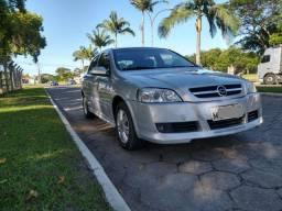 Astra CD 2.0 8V Hatchback 5p Mec - 2004 - Completo