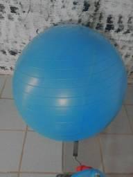 Bola grande azul pra yoga