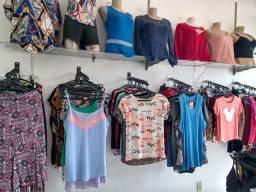 Fundo de Loja com 450 peças de roupa