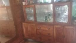 Cristaleira Antiga - 70 anos