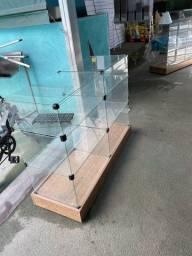 Título do anúncio:  Vende-se 3  balcões de vidro