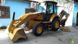 Retroescavadeira Caterpillar 416F 4x4