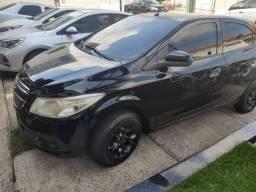 Carro Top para vender Onix 2014