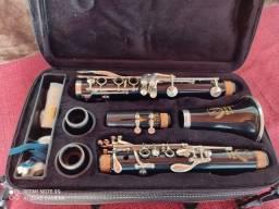Título do anúncio: Vendo clarinete Eagle