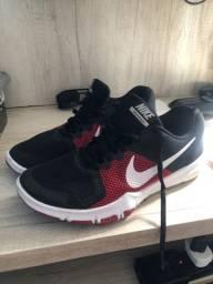 Tênis Nikeflex