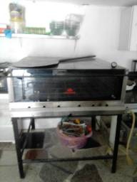 Maquinário de pizzaria
