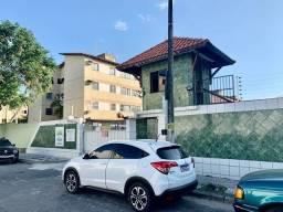 Belo Apartamento no condomínio Green Park com 3 quartos em Cajazeiras