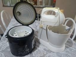 Panela elétrica de arroz...e batedeira ..