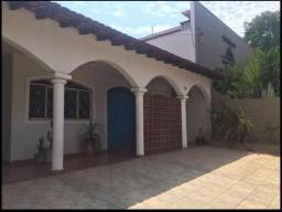Casa residencial - comercial