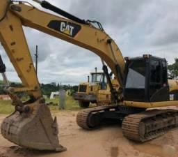 Escavadeira Hidráulica Caterpillar 320D   (parcelo)