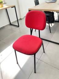 Cadeira de escritorio semi nova