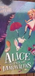 Alice no país das maravilha - Lewis Carroll