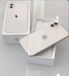 Título do anúncio: Iphone 11 64GB Branco / Preto