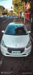Oportunidade!!!!! Peugeot 208 Allure 1.5 manual com T E T O.    P A N O R Â M I C O