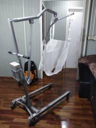 Guincho elétrico para transferência de pacientes acamados