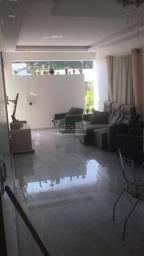 Alugo Casa // 3 Quartos sendo 1 Suite // R$ 3.500/mes