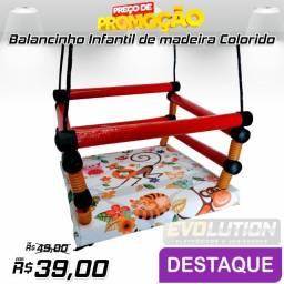 Balanço Infantil de Madeira Colorido - Sortido