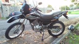 Vendo Honda Bros 150 ESD