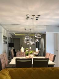 Mesa de jantar 1,5x1,5m laqueada branca 8 cadeiras