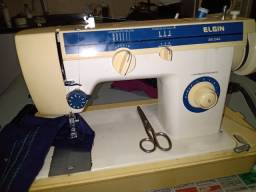 Maquina de Costura Reta Zig Zag Revisada Motor 220 Vlts