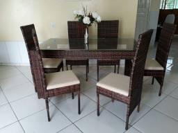 Mesas com Cadeiras!!!