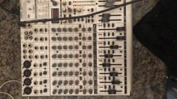 Mesa de som com efeitos 12 canais