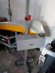 Vende-se uma máquina de regular farol de carro zap 9 81411 458
