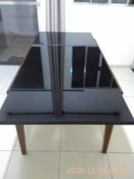 Mesa de vidro pouco uso com 180