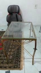 Apatador e mesa
