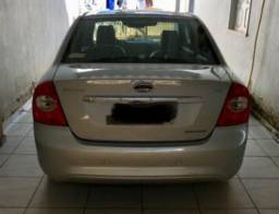 Vendo Ford focus sedan automático - 2009
