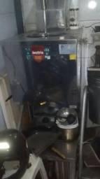 Equipamento de sorveteria troco por carro ou moto