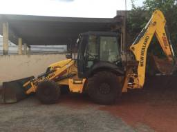 Vende Retro-Escavadeira New Holland B95b - Ano: 2018/2019