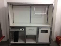 Bancada/armario/mesa Computador