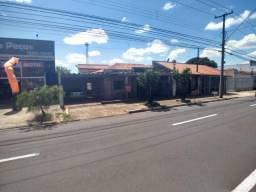 Casa com 3 dormitórios na Avenida Rodrigues Alves