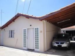Casa com 2 dormitórios no Mary Dota