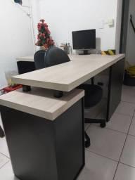 Mesa de escritório em L (madeira)