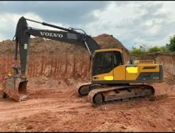 Escavadeira hidráulica  volvo Ec220