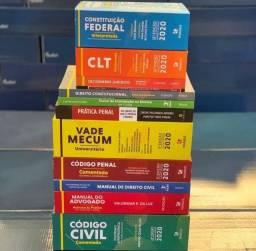 Conjunto de livros para o curso de direito