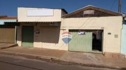 Casa 02 dormitórios com salão comercial, locação, Cosmópolis, SP