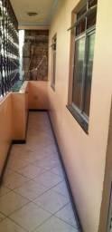 Aluga-se uma Casa (Pau da Lima)