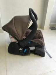 Bebê conforto, base e espelho