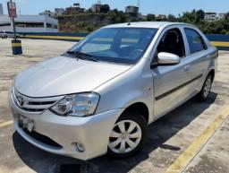 Etios 1.5 X Sedan 2015 ( aceito financiamento e carta de consórcio  )