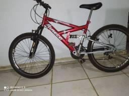 Bike aro 24 semi nova com suspensão