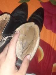 Vendo bota de couro