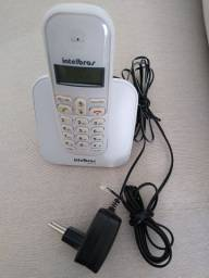 Telefone Intelbras com identificação de chamadas e viva voz