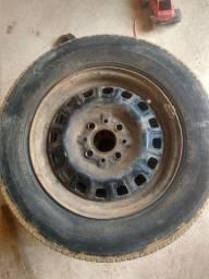 Jogo de rodas 13 de ferro semi novas originais fiat uno