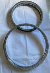 Vendo dois aros originais da Lander R$450,00