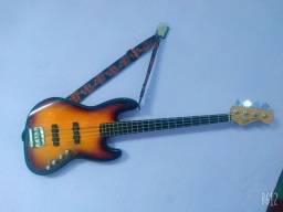 Baixo Fender Squier Ativo 4 Cordas