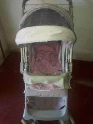 Vede se esse carrinho de bebê em perfeitas condições R$100